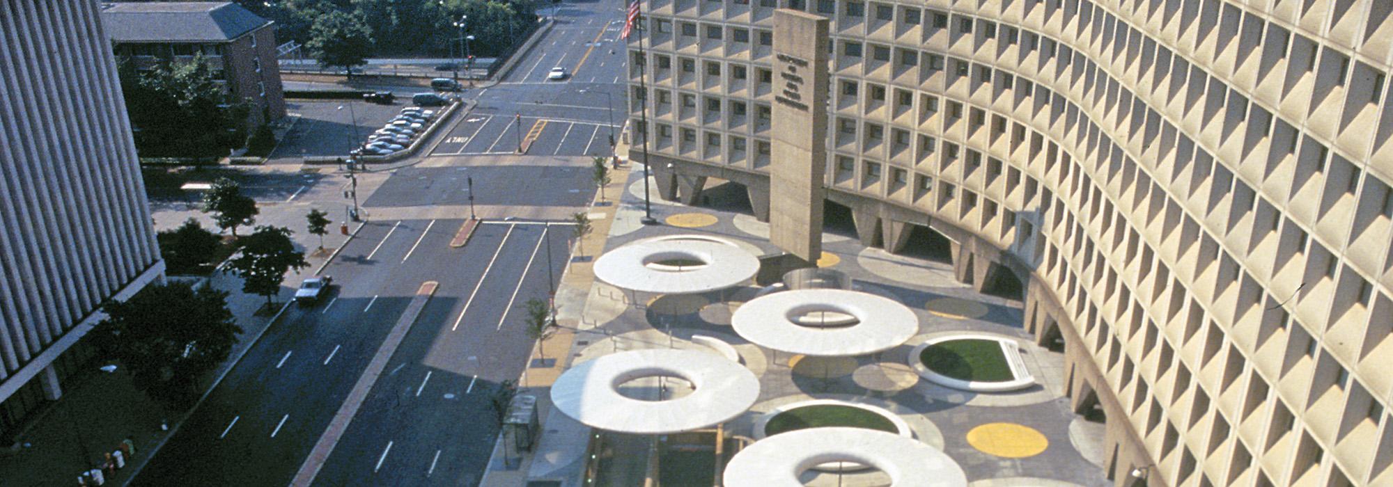 DC_Washington_HUD_courtesyMarthaSchwartz_012_Hero.jpg