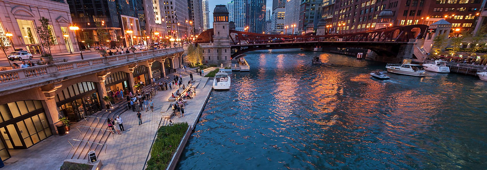 IL_Chicago_Riverwalk_SasakiAssociates.jpg