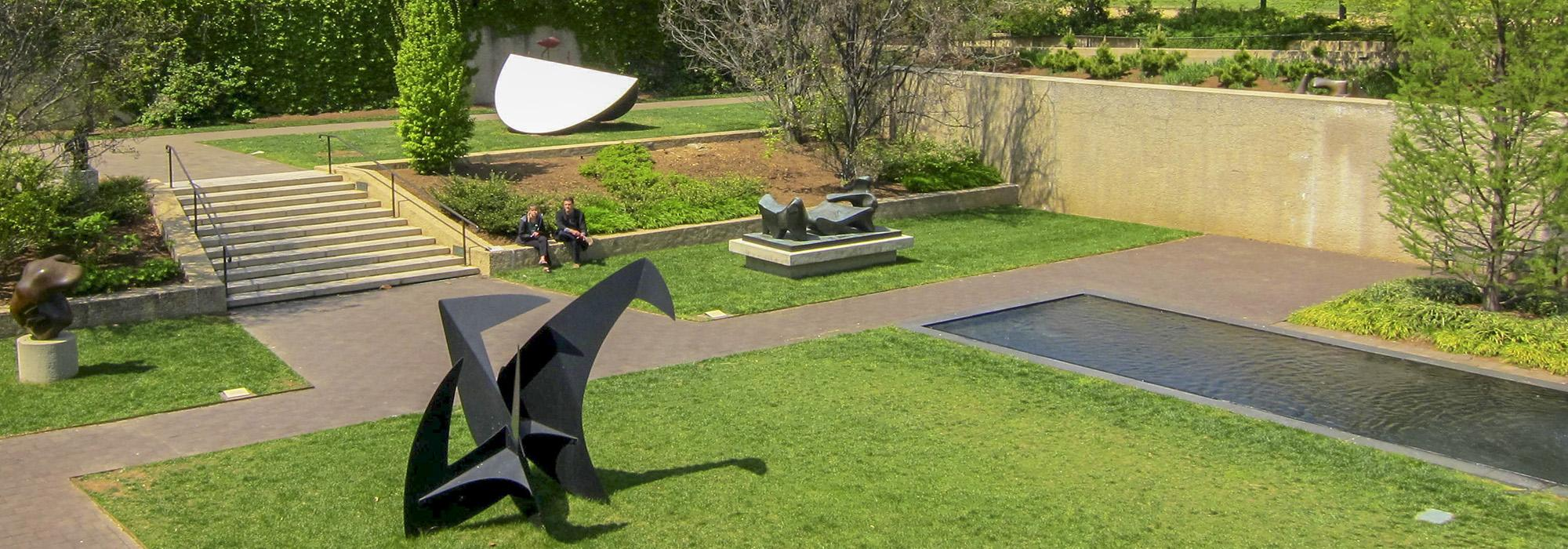 Washingtion_DC_HirshhornSculptureGarden_courtesyWikimediaCommons_2010_002_Hero.jpg