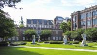 LoyolaUniversity_feature_2016_JoniEmmons_008.jpg
