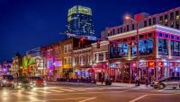 TN_Nashville_LowerBroadway_courtesydconvertini-Flickr_2016_001_sig_001.jpg