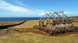 Hawai'i_Kawaihae_PuʻukoholāHeiauNationalHistoricSite_byReubenBedingfield_2011_1_sig.jpg