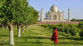 India_Agra_TajMahal_WikimediaCommons_2013_feature.jpg