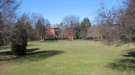 NJ_Lawrenceville_LawrencevilleSchool_courtesyWikimediaCommons_2008_001_Sig.jpg
