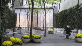 NY_NYC_PaleyPark_signature_01_CharlesBirnbaum_2010-fxd.jpg