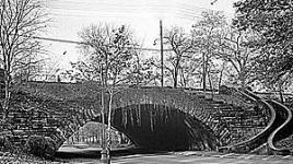Rockefeller-Park-bridge-HAB.jpg