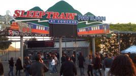 SleepTrainPavilion_signature_dantc_Wikimedia_2008.jpg