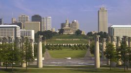 TN_Nashville_BicentennialCapitolMallStatePark_byGaryLayda_2006_002_Sig.jpg