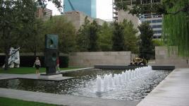TX_Dallas_NasherSculptureGarden_signature_08_CharlesBirnbaum_2006.jpg
