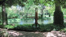 TX_Dallas_ValleyHouseSculptureGarden_signature_CharlesBirnbaum_2010_01.jpg