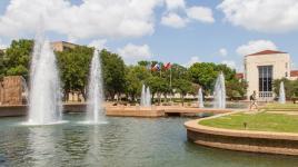 TX_Houston_UniversityofHouston_signature_BarrettDoherty_2014_01.jpg