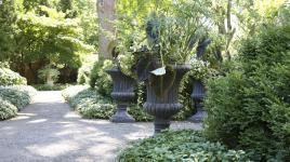 WI_Oshkosh_PaineArtCenter-Gardens_signature_DavidCalle_2015_02.jpg