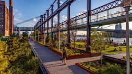 domino-park-new-york-landscape-architecture_dezeen_sig_001.jpg