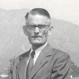 Kruckeberg, Dewey_sig.jpg