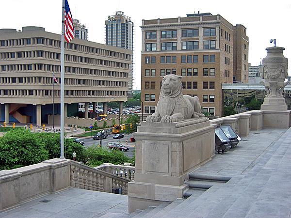 Indianapolis War Memorial_01