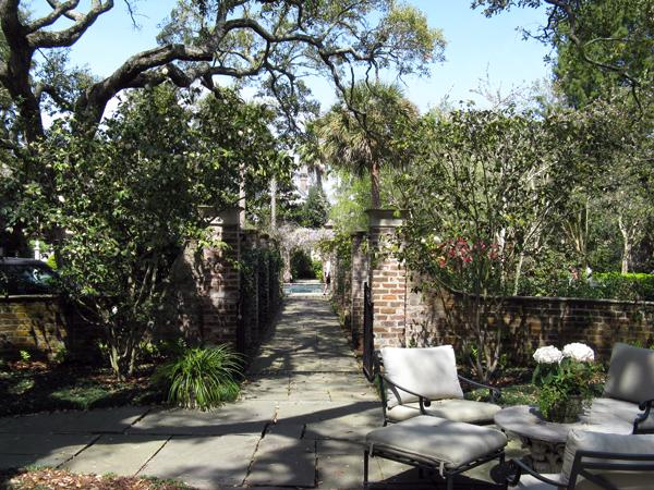 William Gibbes House and Garden_02
