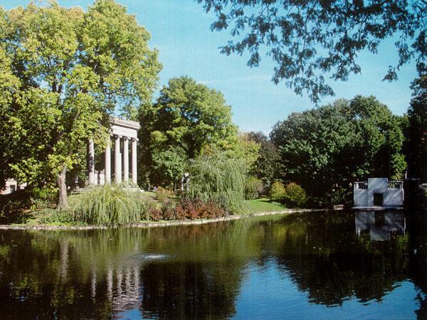 Graceland Cemetery_02