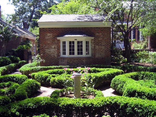 University Of Georgia Founders Memorial Garden The Cultural Landscape Foundation