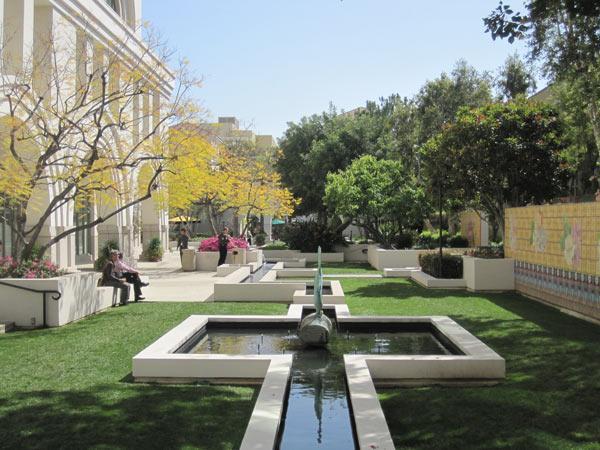 Plaza Las Fuentes_02