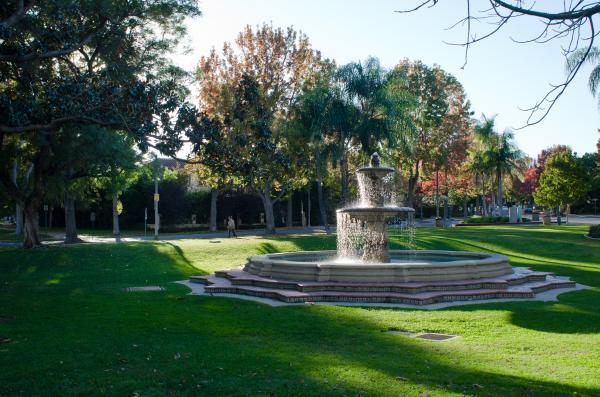 CA-Beverly_Gardens_Park-Matthew_Traucht2014-16.jpg