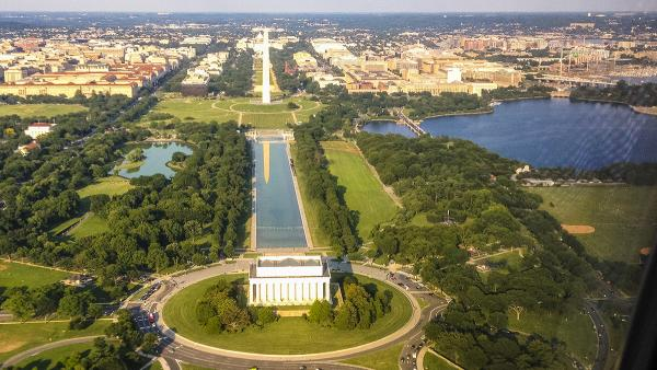 DC_NationalMall-Aerials_01_CharlesABirnbaum_signature.jpg