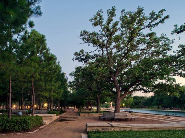 Hermann-Park3-Houston-TX-NashBaker.jpg