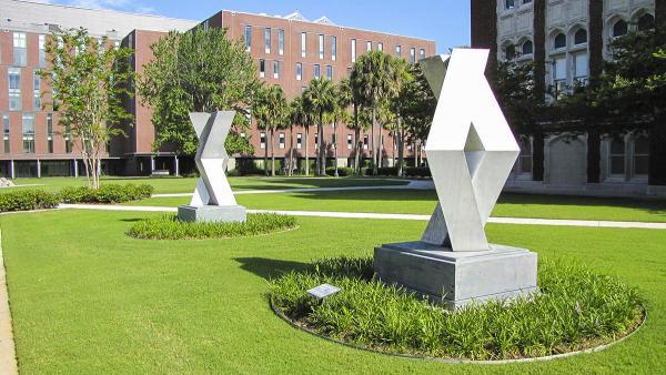 LoyolaUniversity_feature_2016_JoniEmmons_009.jpg