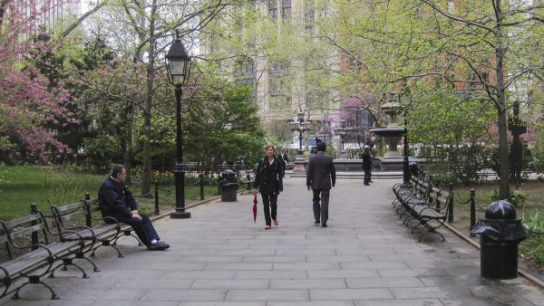 NY_NYC_CityHallPark_01_CharlesBirnbaum_2010_Signature.jpg