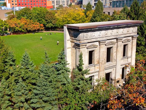 RyersonUniversity_07_courtesyRyersonUniversity_2010.jpg