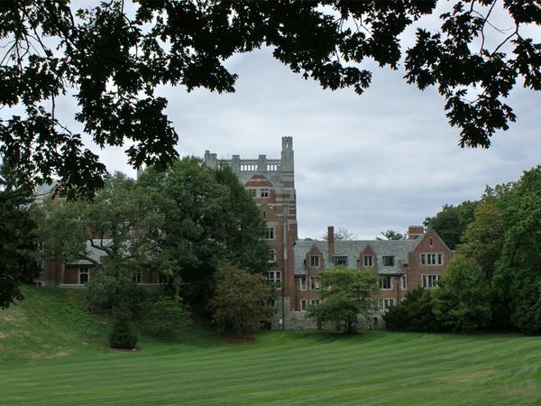 Wellesley-College9_Copyright-Karl-Gercens-2010.jpg