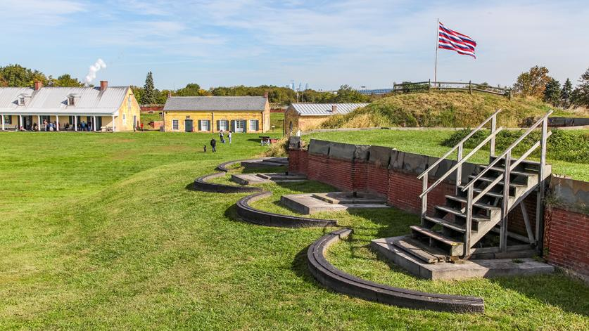 FortMifflin_feature_BarrettDoherty_2015.jpg