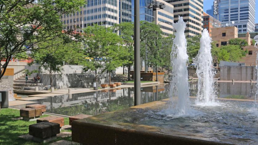 MN_Minneapolis_PeaveyPlaza_byCharleneRoise_2020_004_sig_003.jpg
