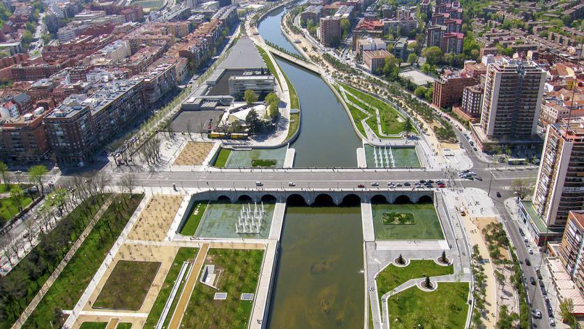 Madrid Rio post-construction. Photo © Municipality of Madrid, courtesy West 8 Urban Design & Landscape Architecture_003.jpg