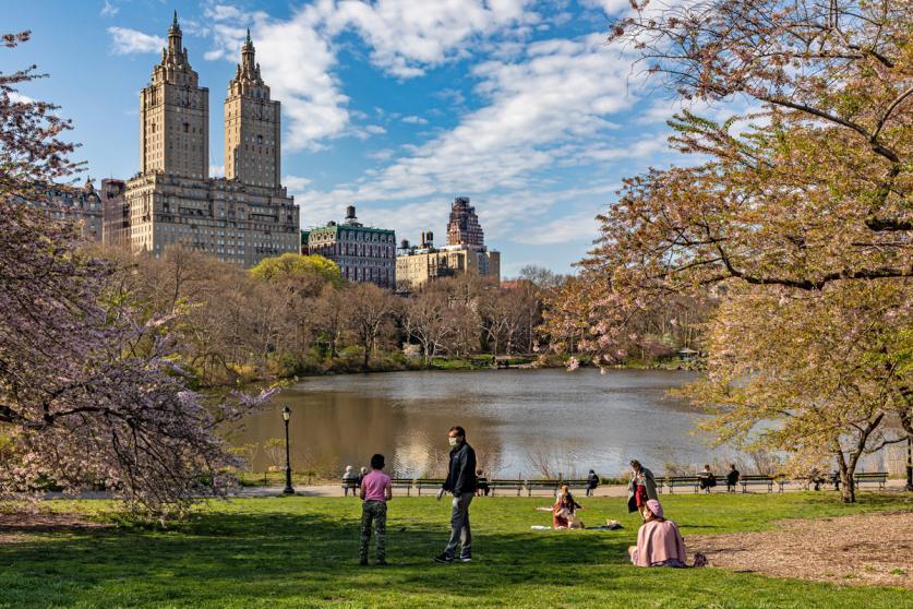 NY_NewYork_CentralPark_COVIDEaster_byBarrettDoherty_2020_001_Sig.jpg