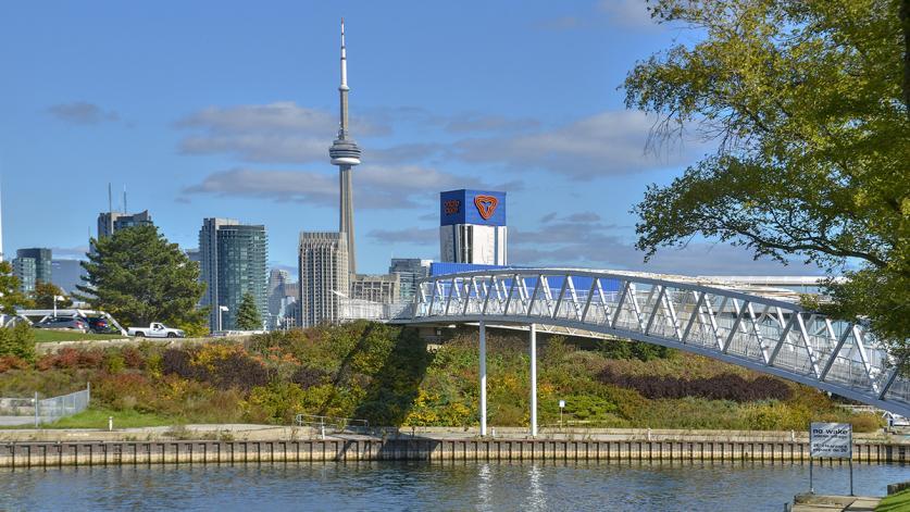 ON_Toronto_OntarioPlace_04_NicolaBetts_2012_sig_005.jpg