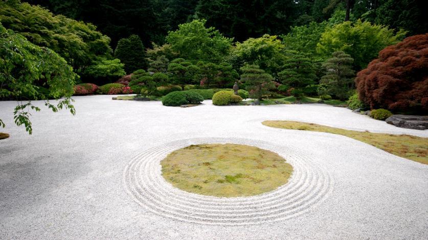 Portland Japanese Garden_HellslingerCapbianco_2011_sig.jpg