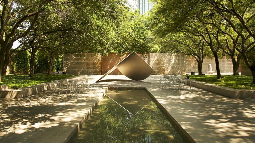 TX_Dallas_DallasMuseumOfArt_byAlanWard_2013_sig.jpg
