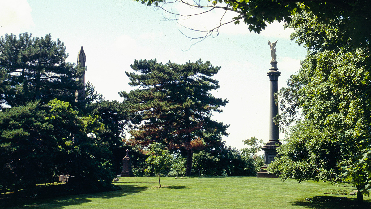 2660_signature_LakeViewCemetery-OH.jpg