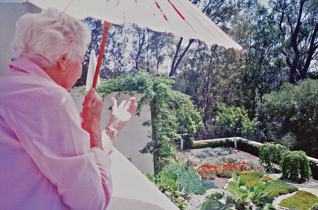 Carol Valentine Garden_03