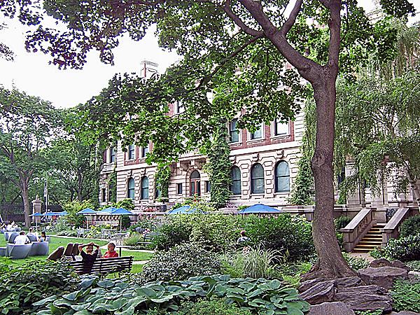 Arthur Ross Terrace Garden_03