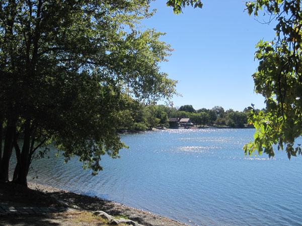 Jamaica Pond_01