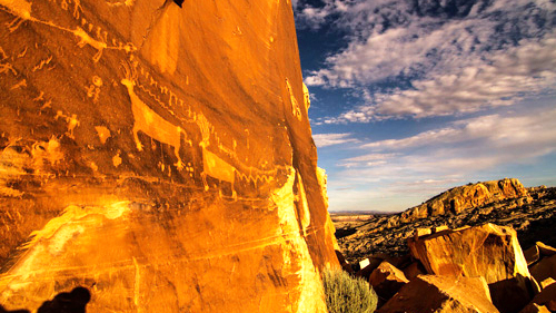 6 Comb_Ridge-Petroglyphs-Ewing_cropped.jpg