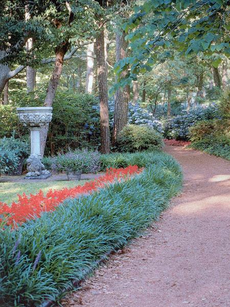 Elizabethan Gardens_01