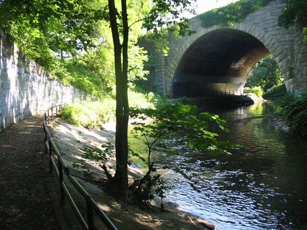 Bronx Park_05