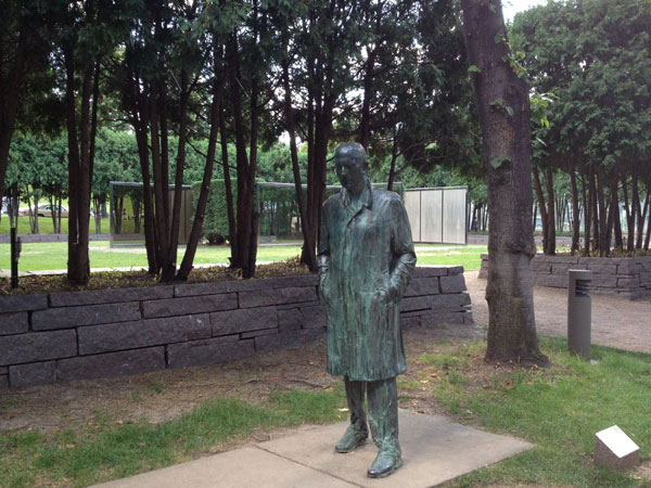 Minneapolis Sculpture Garden_06