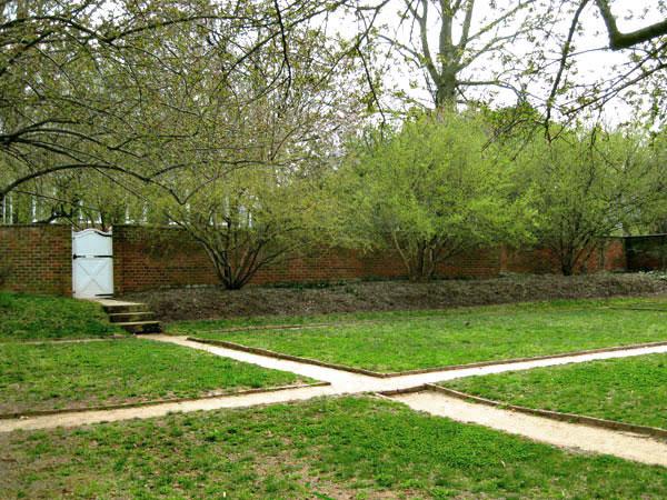 UVA Pavilion Gardens_04