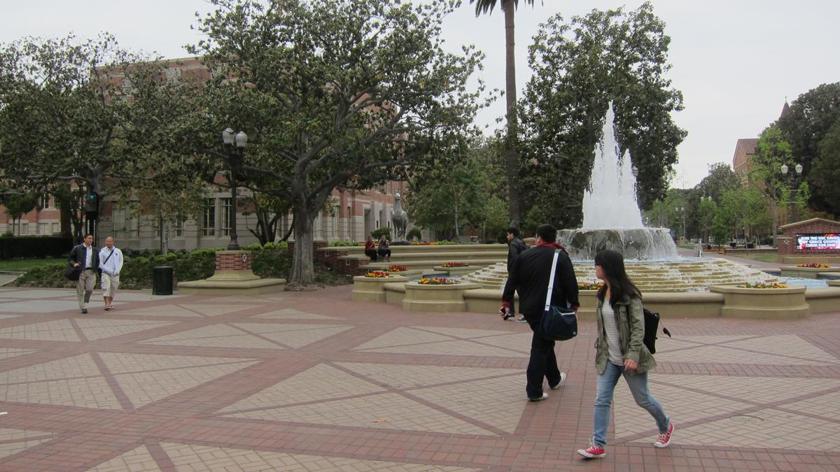UniversityofSouthernCalifornia_signature_CharlesBirnbaum_2013