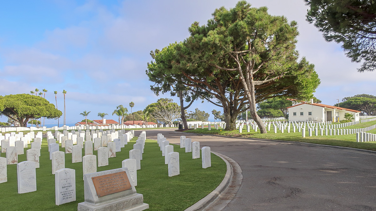 CA_SanDiego_FortRosecrans_Cemetery_Cultivar413_Flickr_004_sig_004.jpg