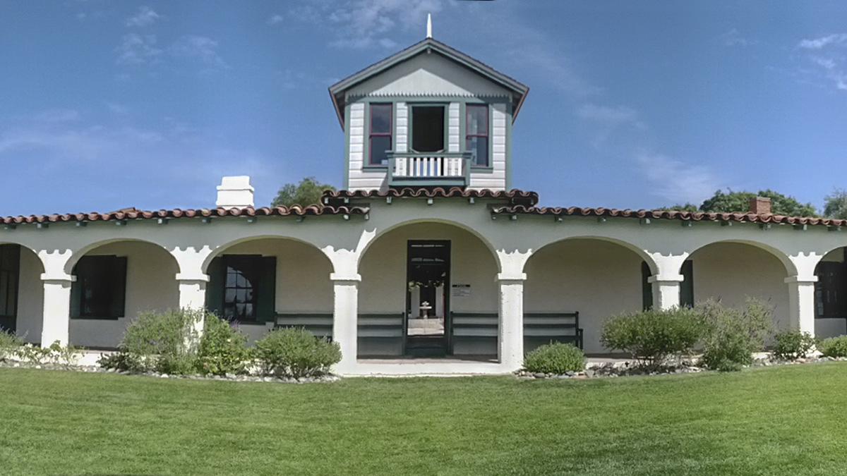 CA_SanDiego_RanchoGuajomeAdobeCountyPark_courtesyWikimediaCommons_2019_007_sig_006.jpg