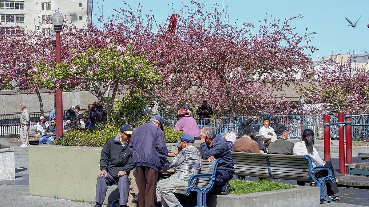 CA_SanFrancisco_PortsmouthSquare_byMaritAndToomasHinnosaar-Flickr_2010_003_sig_003.jpg